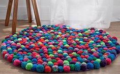 tapetes e almofadas de pompom - a partir de r$ 70,00 reais