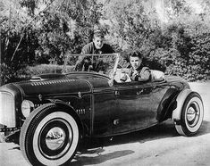 Ricky Nelson and David Nelson with a 1932 Ford roadster Classic Hot Rod, Classic Cars, Vintage Cars, Vintage Photos, Vintage Auto, Hot Rod Autos, Ricky Nelson, David Nelson, Old Hot Rods