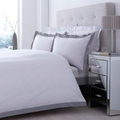 Get snuggled up on these grey January days with this luxurious bed cover set #Home #Duvet