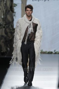 Francis Montesinos - Ready-to-Wear - Runway Collection - Women Fall / Winter 2013