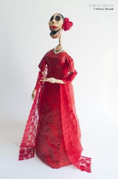 La Española.Muerta Jacinta by Elena Prado