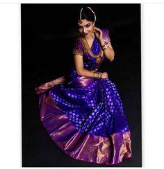 17 Saree Colors You Need To Consider For Weddings Saree Designs violet color bridal saree - Violet Things Pattu Sarees Wedding, Wedding Saree Blouse Designs, Half Saree Designs, Silk Saree Blouse Designs, Bridal Lehenga, Designer Sarees Wedding, Half Saree Lehenga, Saree Look, Saree Dress
