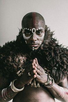 Portrait Studies: Milandou - The Denizen Co. Pintura Tribal, Arte Tribal, Tribal Body Paint, Tribal Face Paints, African American Art, African Art, African Tribal Makeup, African Face Paint, 3d Foto