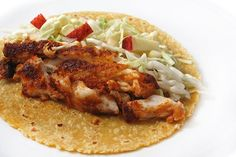 Skinny Fish Tacos - 5 WW Smart Points: These super tasty tacos make a terrific dinner. First, the fish is covered with a fabulous dry seasoning mix. Next, pan fried in a small amount of olive oil. Finally, each taco is topped with a fl… Skinny Recipes, Ww Recipes, Fish Recipes, Seafood Recipes, Mexican Food Recipes, Cooking Recipes, Healthy Recipes, Cleaning Recipes, Bread Recipes
