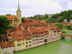 There are many beautiful cities in Switzerland but the medieval streets of Bern's Old Town has earned itself a UNESCO World Heritage status. It's a fairly small relaxed place where time moves slowly and the locals don't seem nearly as busy as other cities. Expect to see covered arcades, whimsical fountains, cobbled streets and traditional architecture all framed by rolling hills and the glacial Aare River.