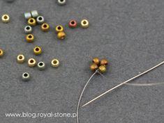 Dracconis – smocze kolczyki – tutorial   Royal-Stone blog Beaded Earrings Native, Bead Earrings, Beaded Necklace, Beaded Bracelets, Handmade Beaded Jewelry, Beaded Jewelry Patterns, Peyote Patterns, Beading Patterns, Bead Crafts