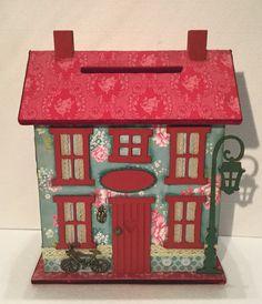 Charming House by CarlaarteByMartinho on Etsy