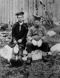 Folk Clothing, Lappland, Scandinavian Countries, Samara, People Photography, Kirkenes, Old Photos, The Past, Costumes