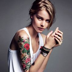 floral tatoo & white casual shirt - I loveee love loveee tattoos, especially arm sleeves. I just haven't been able to find anything meaningful to get yet.