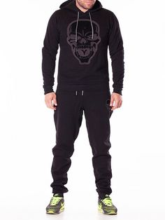 Trening barbati Skull Nerves negru Cool Street Fashion, Street Style, Charcoal Gray Suit, How To Wear Loafers, Shirt Tucked In, Popular Outfits, Wide Pants, Pleated Pants, Double Breasted Jacket