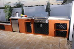 Infinity Edge Bar Outdoor Kitchens Yard Crashers | Werever.com
