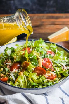 Green salad recipes, salad recipes for dinner, best salad recipes Lettuce Salad Recipes, Green Salad Recipes, Best Salad Recipes, Salad Recipes For Dinner, Salad Dressing Recipes, Healthy Recipes, Simple Salad Recipes, Italian Salad Recipes, Chopped Salad Recipes