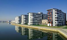 Our beautiful picturesque Docklands campus University Guide, London University, East London, London City, London Accommodation, London Boroughs, Tower Hamlets, Dream School, Live In The Present
