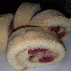 Cseresznyés-lekváros tekercs Bread, Food, Breads, Baking, Meals, Yemek, Sandwich Loaf, Eten