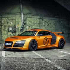 #Audi R8 with Prior Bodykit #ExtremeDimensions, #CarbonCreations, #Razzi and more all at #Rvinyl.com!
