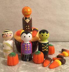 Halloween Wood Peg Dolls Pumpkin Mummy by AlicesDaisyShoppe