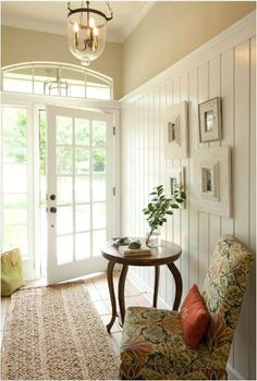 Simple and Modern Ideas Can Change Your Life: Wainscoting Beadboard Stairs wainscoting interior offices.Wainscoting Nursery Light Fixtures wainscoting door board and batten. Style At Home, Flur Design, Sweet Home, Decoration Design, My New Room, Home Fashion, Fashion 2020, Cottage Style, Cozy Cottage