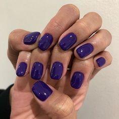 Nail Design Stiletto, Nail Design Glitter, Hair And Nails, My Nails, Purple Shellac Nails, Dark Gel Nails, Oval Nails, Nail Polish, Fire Nails