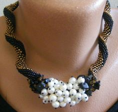 Beaded necklace spiral pearl and seed beads by scarlacristina  - Indespiral pattern