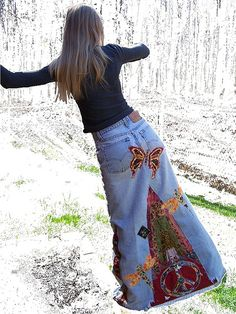 Butterfly Peace Hippie Skirt backyard Crop Butterfly Peace Hippie Skirt, going to recruit Beema to help with this one!Butterfly Peace Hippie Skirt, going to recruit Beema to help with this one! Sewing Dress, Sewing Clothes, Mode Hippie, Hippie Style, Paz Hippie, Denim Fashion, Boho Fashion, Fashion Outfits, Fashion Jewelry