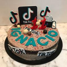 Tarta oreo Tik Tok. Tik Tok, Oreo, Birthday Cake, Desserts, Food, Homemade Recipe, Homemade, Pies, Recipes
