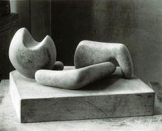 Henry Moore OM, CH, 'Four-Piece Composition: Reclining Figure' 1934 (Henry Moore: Sculptural Process and Public Identity) Henry Moore Sculptures, Sculptures Céramiques, Small Sculptures, Sculpture Art, Tate Gallery, Galleries In London, Shape And Form, Bronze Sculpture, Art Music