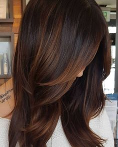 Copper Highlights For Dark Hair hair ideas 60 Hairstyles Featuring Dark Brown Hair with Highlights Dark Hair With Highlights, Hair Color Dark, Cool Hair Color, Brown Hair Colors, Partial Highlights, Brunette Highlights, Carmel Highlights, Ombre For Dark Hair, Chocolate Hair With Caramel Highlights