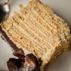 Chocolate Kiev Cake {Chocolate, Walnuts, Meringue & Dulce de Leche} - Let the Baking Begin! Quick Dessert Recipes, Delicious Cake Recipes, Desserts To Make, No Bake Desserts, Yummy Cakes, Frozen Desserts, Baking Recipes, Pear And Almond Cake, Almond Cakes