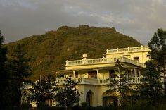Ananda Spa set in the foothills of the Himalayas, overlooking the Ganges River - Narendranagar, India.