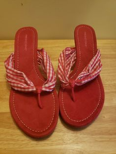 357c259d59fe8a Predictions Red White Checkered Thong Wedge Sandals Size 9.5  fashion   clothing  shoes