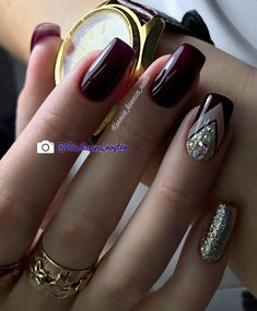 Nail art Christmas - the festive spirit on the nails. Over 70 creative ideas and tutorials - My Nails Dark Nails, Red Nails, Hair And Nails, Glitter Nails, Vernis Rose Gold, Nagellack Trends, Trendy Nail Art, Burgundy Nails, Manicure E Pedicure