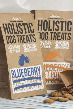 Holistic Dog Treats by Lucas Richter, via Behance Dog Treat Packaging, Biscuits Packaging, Cookie Packaging, Food Packaging, Packaging Ideas, Gourmet Dog Treats, Pet Treats, Dog Treat Recipes, Dog Food Recipes