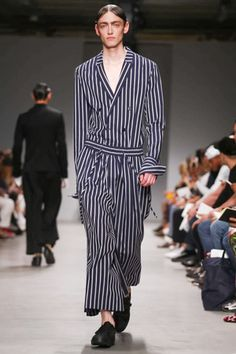 It's been a while since Korean designer Juun J garnered such a thundering round of applause at the end of his show as he did today for his spring summer 2015 show. But hot on the heels of last seas...
