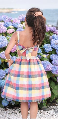 dress with back bow