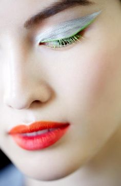 Dior Fall 2012 Couture Makeup