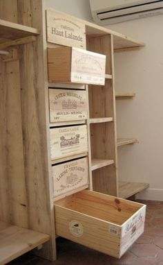 This site is in french. But it looks as if they are using wine crates to build this storage piece. This site is in french. But it looks as if they are using wine crates to build this storage piece. Diy Organization, Diy Storage, Storage Ideas, Crate Storage, Pantry Storage, Record Storage, Storage Room, Pallet Furniture, Furniture Design
