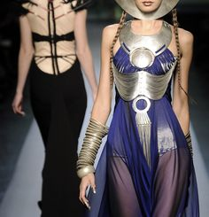 Jean Paul Gaultier, Spring 2010 Couture ♠ check out the nails