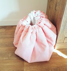 Onze limited speel-opberg kleed.  Dit weekend verkrijgbaar op onze website www.little-ann.nl