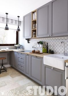 Kitchen Designs with White Cabinets . Inspirational Kitchen Designs with White Cabinets . Kitchen Decor, Interior Design Kitchen, Interior Design Bedroom, Kitchen Cabinets, Small Kitchen, Kitchen, Bedroom Interior, Kitchen Design, Cabinet