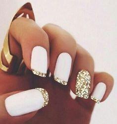 Habillez vos ongles avec des paillettes #Nailtendance #Nailart