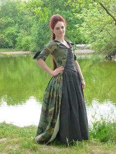 fjalladis.de/military-anglaise Military Dress Kleid Inspired by historical dresses from the 18th century inspiriert von historischen Kleidern aus dem 18. jahrhundert WGT Gothic
