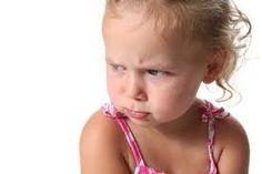 Een peuter is vanaf 1 tot 4 jaar. In deze periode leren ze praten, dingetjes begrijpen , proberen al te gaan lopen. Het kind verkent de omgeving waarin ze wonen.