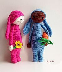 An English translation of the free pattern for a small amigurumi rabbit made as a tribute and child to the bigger Rita the Rabbit doll by Lalylala