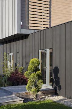 Maison Lasserre, Chaponost (France) by  Gallet Damien, Lyon  #architecture #zinc #quartz-zinc #facade #façade #france