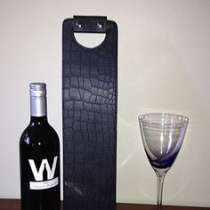 Leather Wine Carrier, Wine Carrier, Wine Accessories, Gifts, Holiday Gifts, Picnics, Carrier, Corportae Gifts