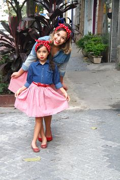Mother daughter outfits, mommy and me outfits, future daughter, cute outfit Mother Daughter Photos, Mother Daughter Matching Outfits, Mother Daughter Photography, Mommy And Me Outfits, Mom Daughter, Kids Outfits, Cute Outfits, Outfits Madre E Hija, American Apparel