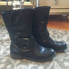 Black boots About 11 inches tall. Heel is 1 inch. Barely worn. Size 8.5. Shoes