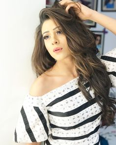 Got that Saturday feeling! Stylish Girls Photos, Stylish Girl Pic, Girl Photos, Hiba Nawab, Cute Girl Poses, Indian Tv Actress, Beautiful Dresses For Women, Bridal Dress Design, Beautiful Girl Photo