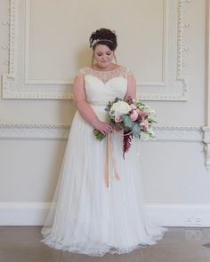 We specialize in making custom plus size wedding dresses for brides of all sizes.  We can also make #replica wedding dresses that will look like a dress in a picture but cot less than the original.  For more info on custom plus size wedding dresses and replicas of haute couture bridal designs please contact us directly at Darius Bridal.