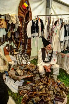traditional leather shoe maker Romania www.romaniasfriends.com